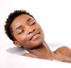 black-woman-relaxing-while-bathing